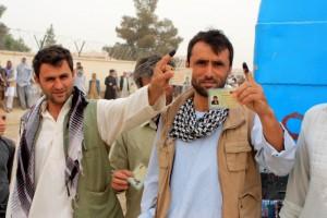 Afghans voting 2014